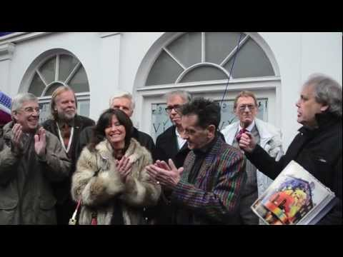 John Lennon & George Harrison Blue Plaque unveiling at the Beatles' Apple Store, Baker Street
