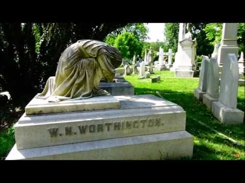 Explore This! Hollywood Cemetery