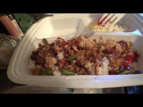 Суп Кимчи, курица в имбирном соусе, салат и роллы от Суши Wok