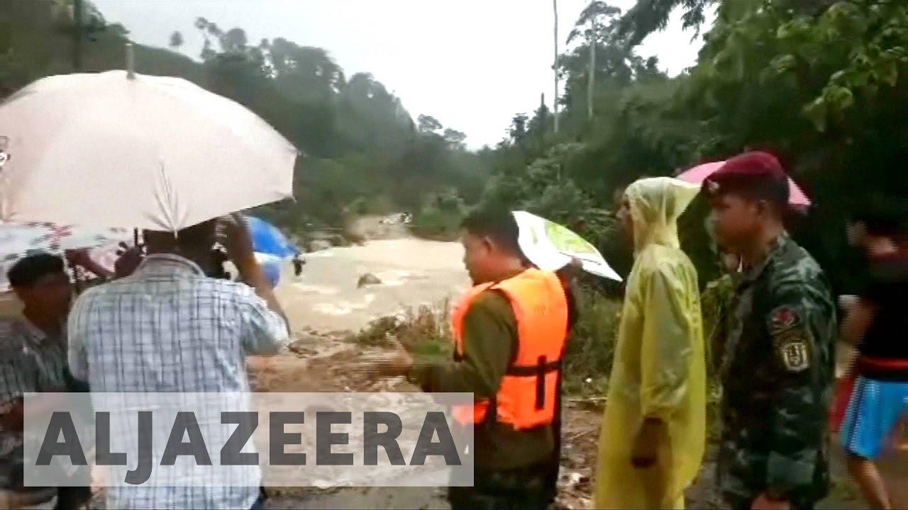 Thailand floods: Dozens killed in heaviest rains in 30 years