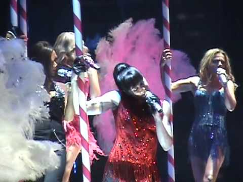 Spice Girls 2 Become 1  in concert 2007