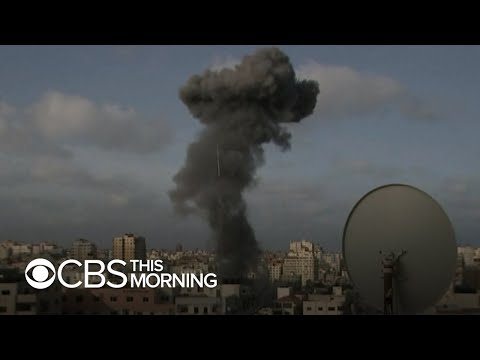 Israeli strikes Gaza in deadliest single attack of clashes, record number of Hamas rocket attacks