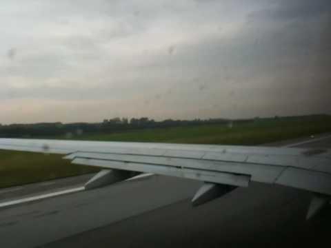 Abflug Von Flughafen Wien Schwechatvielowwrw29 Youtube