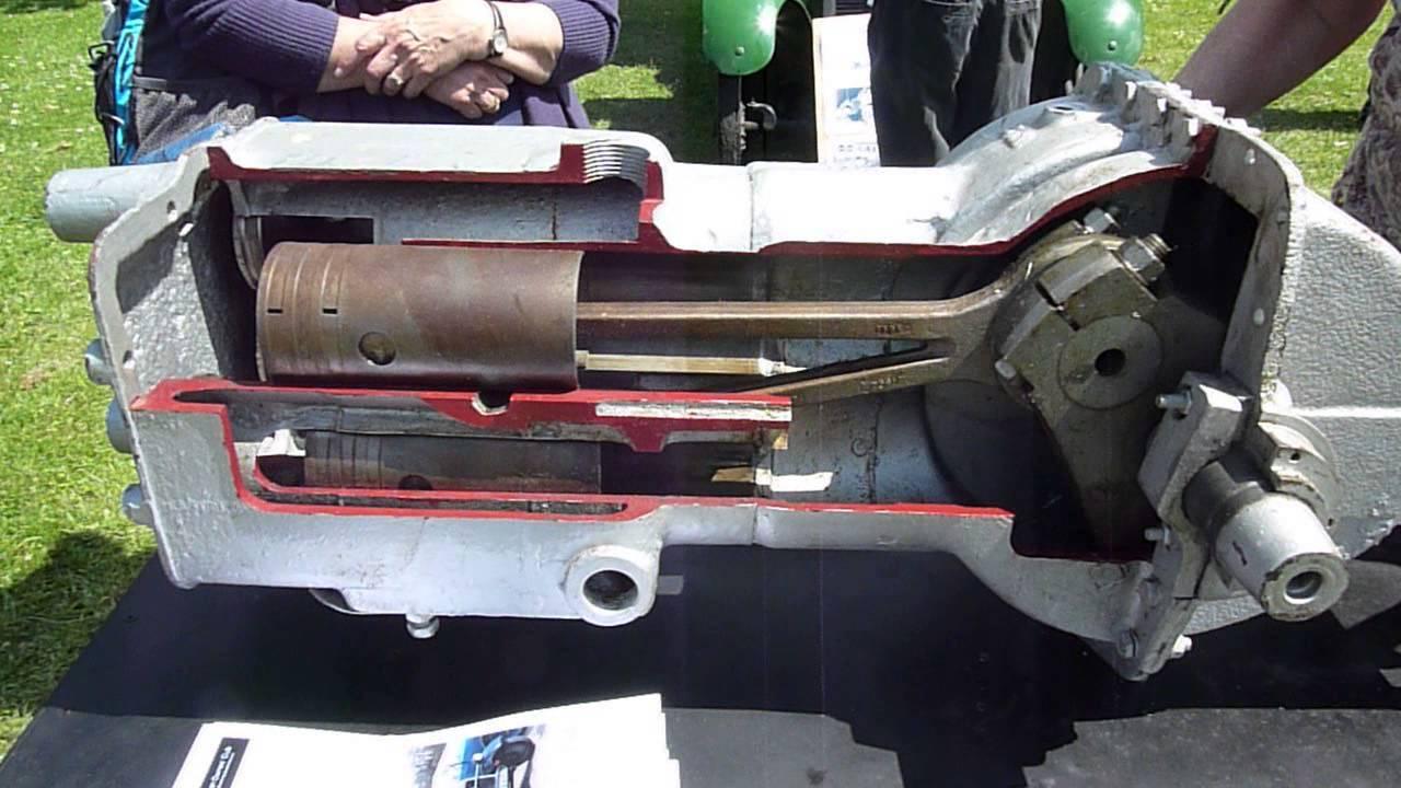 Trojan engine  2-stroke 4 cylinders