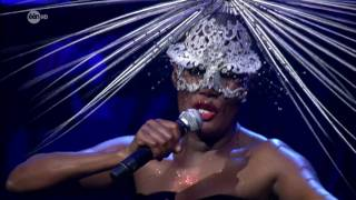 Video Slave to the Rhythm - Grace Jones download MP3, 3GP, MP4, WEBM, AVI, FLV November 2017