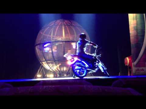 Extreme Motorcycle Stunt Beijing