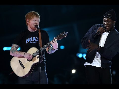 ED SHEERAN feat. STORMZY - Shape Of You - Live at The BRIT Awards 2017