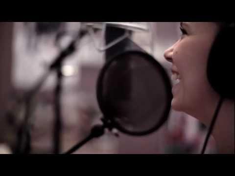 Michelle Lewis - Paris (acoustic)