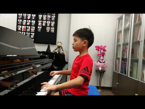 Anson Yu 8 Years Plays Minuet From DON Giovanni