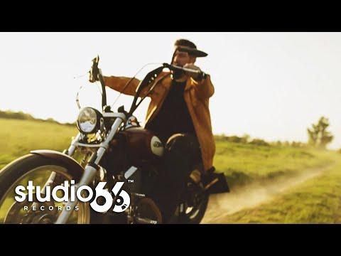 George Hora - Privesc inainte (Karaoke)