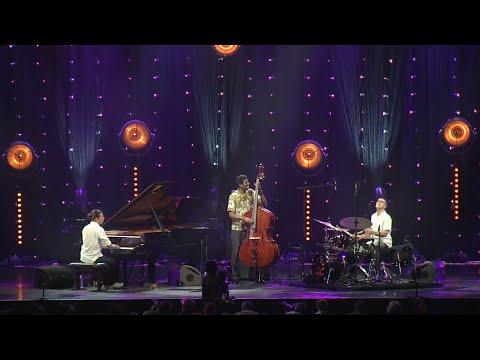 """Alfredo Rodriguez Trio at Jazz in Marciac 2015 """"Quizas, Quizas, Quizas"""""""