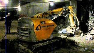 Brokk 330. Строительство паркинга. Часть 1(, 2011-05-18T11:44:06.000Z)
