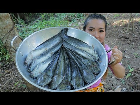 Cooking Catfish Recipes - Fried Tasty Catfish With Khmer Ingredient