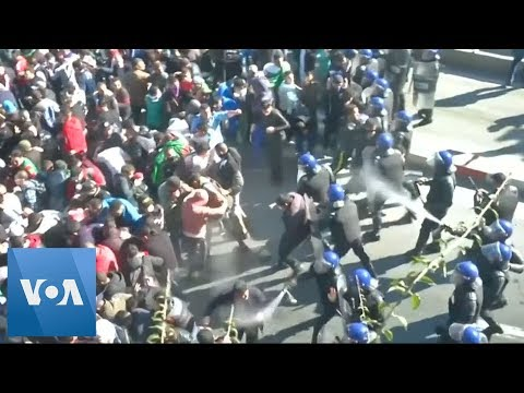 Algerian Protesters Clash with Police in Capitol