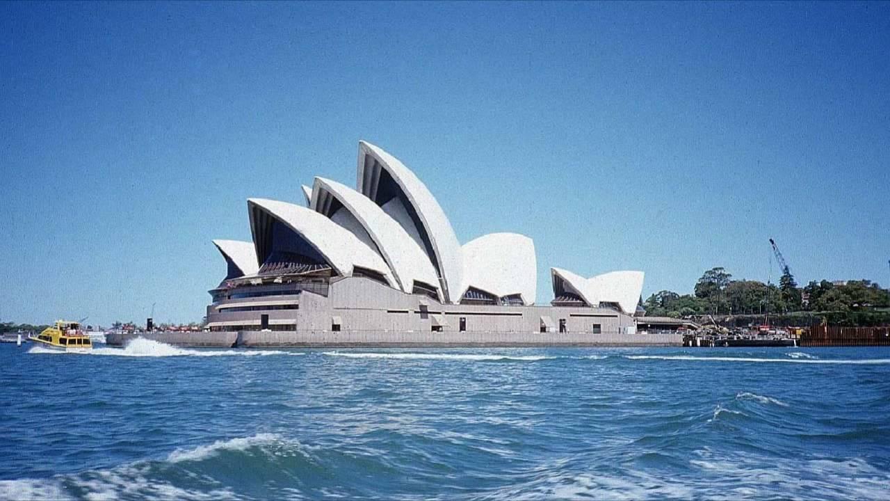 Sydney Oprah House ( Winfrey coming to Australia ) - YouTube