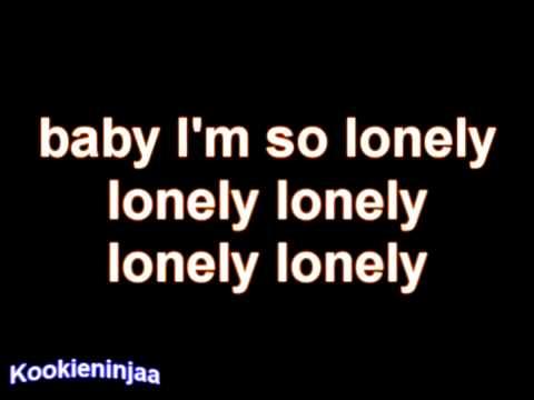 2ne1 Lonely English version Moa [With lyrics]