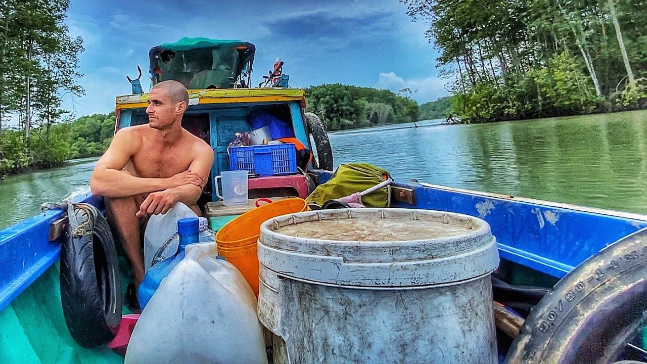 Life on a Vietnamese Fishing Boat | Cuộc Sống TRÊN GHE Việt Nam