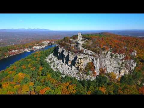 Fall Foilage in Mohonk (New Paltz), New York