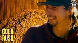 Parker Nearly Breaks His Own Gold Record | Gold Rush