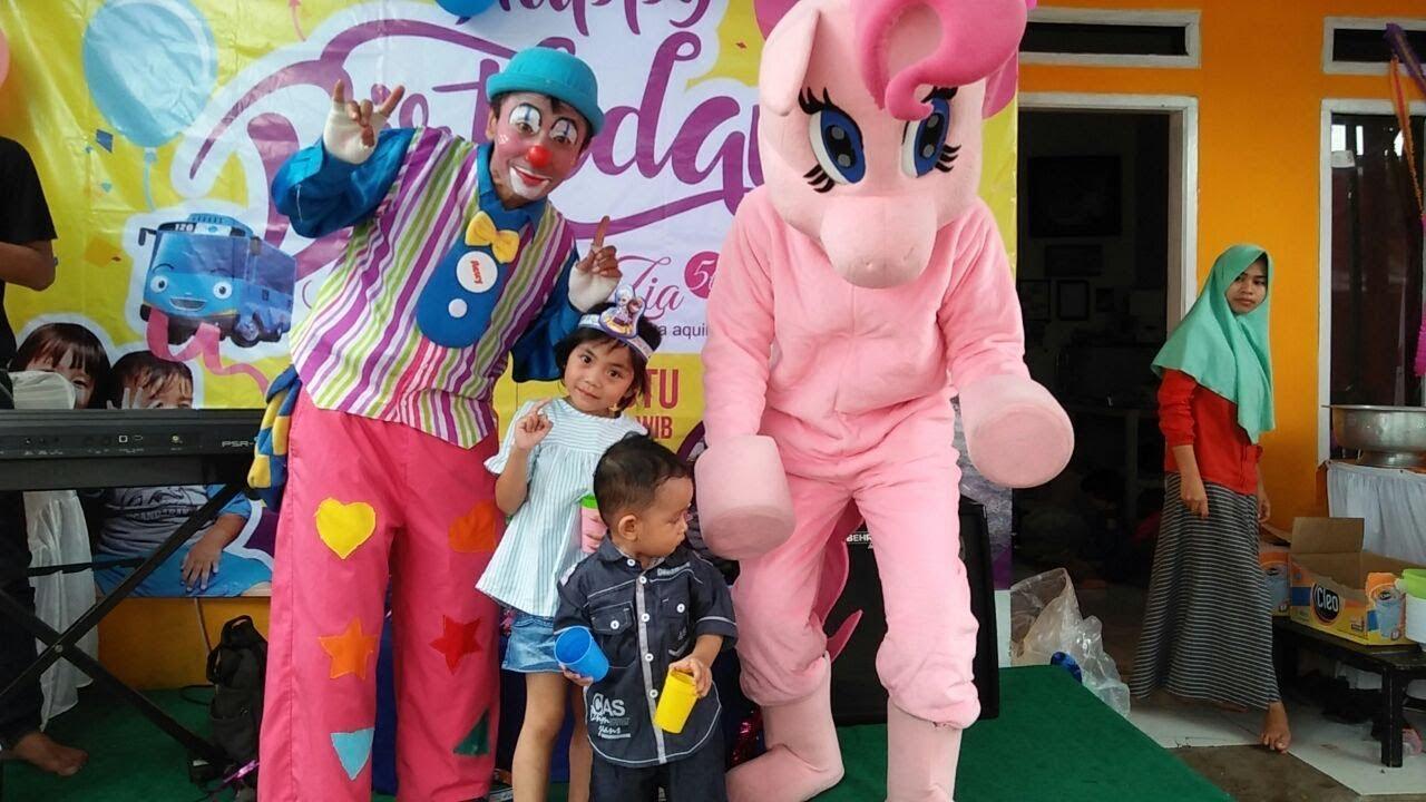 Ada Badut Little Pony Di Ulang Tahunnya Saudara Yaya Happy Birthday Zia Keanu Youtube