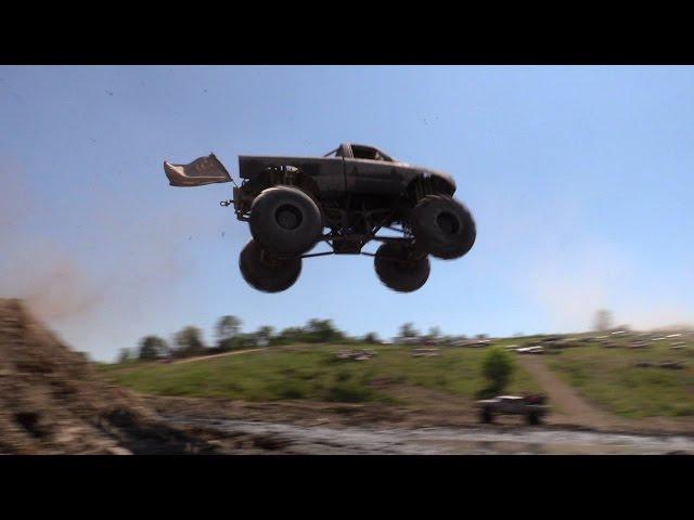 MEGA TRUCK BIG AIR!