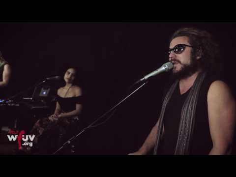 Jim James - World's Smiling Now (Live at WFUV)