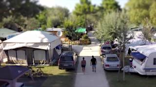Romea Family Camping (official video)