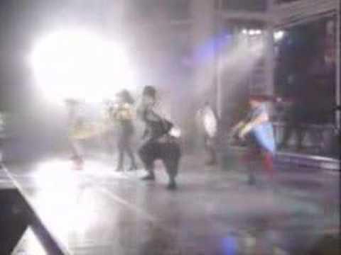 Paula Abdul - Vibeology (Live From Yokohama, Japan)