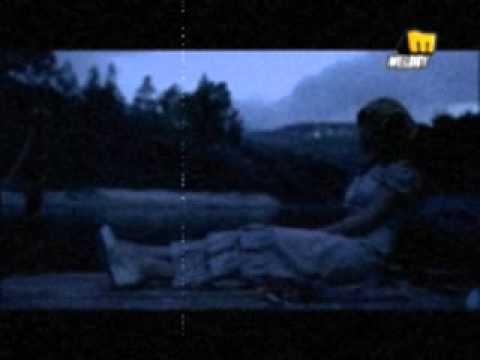 mesh zay el aflam (FEMALE) new lyrics (مش زى الافلام)