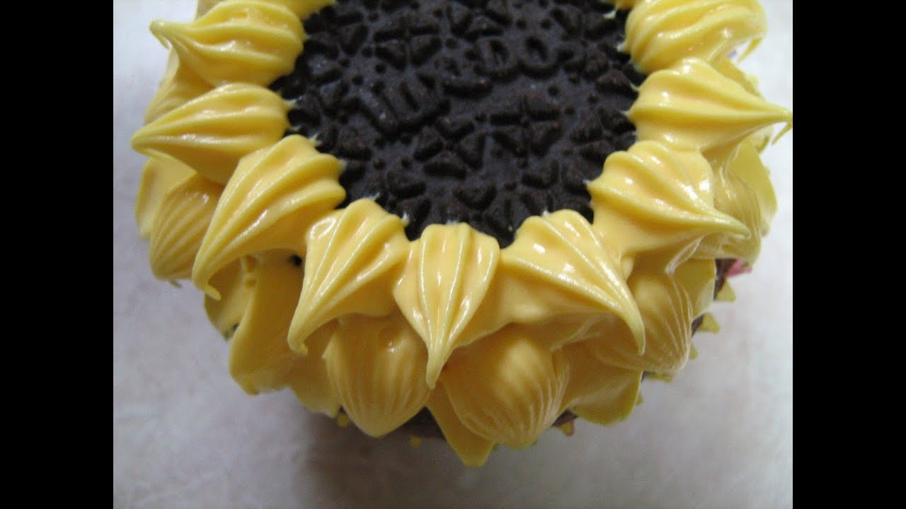 Buttercream Sunflower Cupcakes 20161123