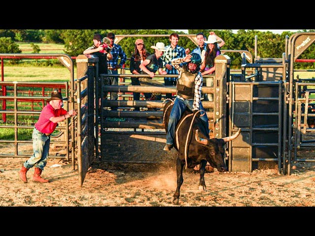 WE WENT BULL RIDING! (BADLY INJURED) w/ Andrea Russett & Corey Scherer
