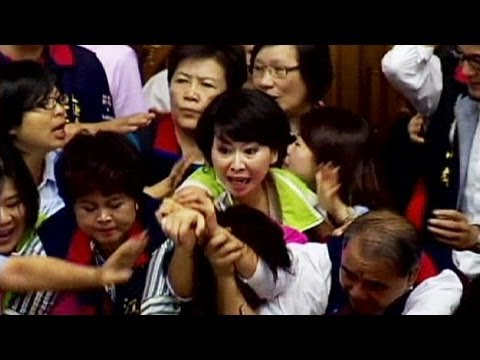 Parliament fight in Taiwan - no comment