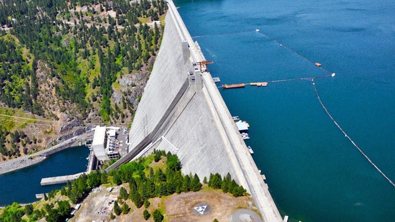15 Dams That Could Fail Any Second