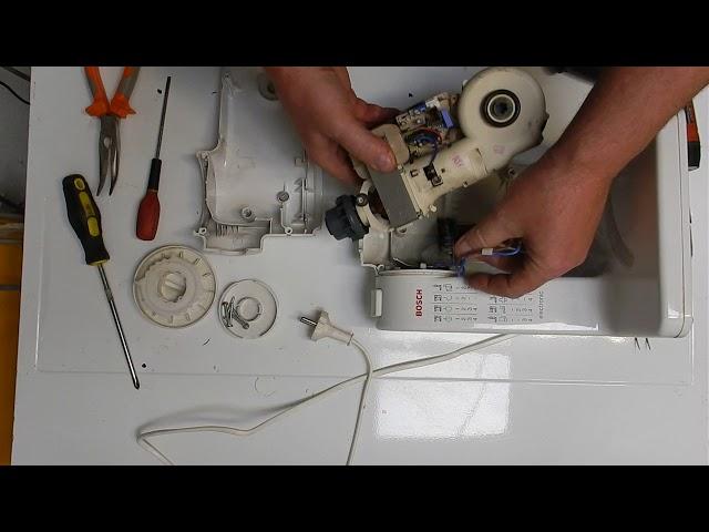 BOSCH MUM4 (MUM4655) robotgép motor kiszerelés