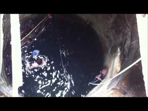 Cleaning the deep water and underground Roman aqueduct