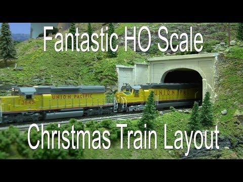 HO Scale Christmas Train Layout