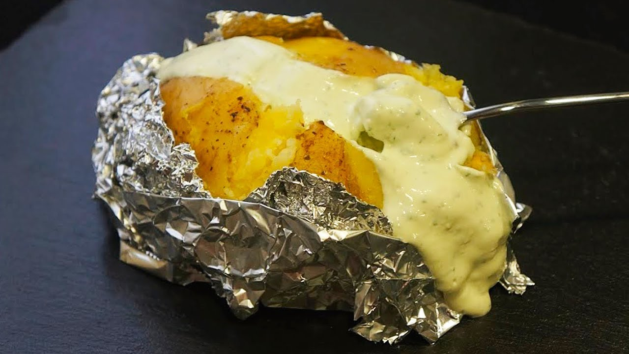 cocinar papas al horno con papel de aluminio