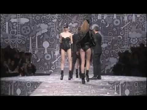 Viktor  & Rolf   Fall Winter 2010 2011 Full Fashion Show Part 1