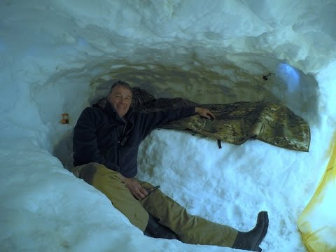 Snow Caves Survival Blankets Sleeping Shelf