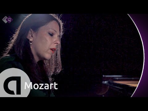 Piano Sonata No. 2, 1st Mov. - Daria Van Den Bercken