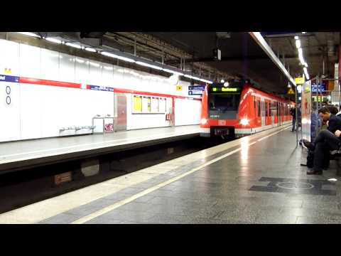 Munich Main Train Station: Munchen Hauptbahnhof
