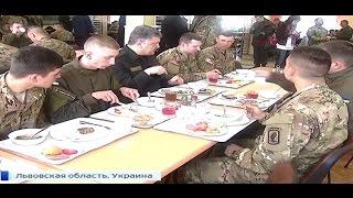 В соцсетях высмеяли обед Порошенко с американскими военными - 21.04.2015