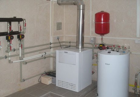 Двухконтурный настенный газовый котел мощностью 11, 24 и 27 квт для объектного бизнеса и тендерных поставок. Купить котел у производителя.
