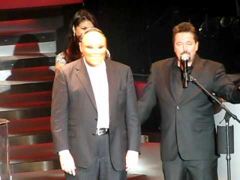 Gov Mike Huckabee appears on the Terry Fator Show