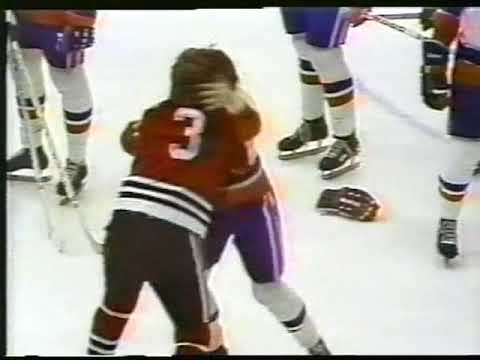 Garry Howatt vs Keith Magnuson