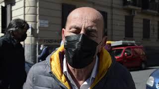 Napoli, la protesta degli ambulanti del mercatino di Antignano