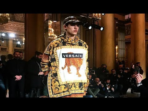 Versace | Fall/Winter 2018/19 | Menswear | Milan Fashion Week