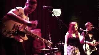 """The Kabeedies - """"Fuzzy Felt"""" - Live at Den Haag"""