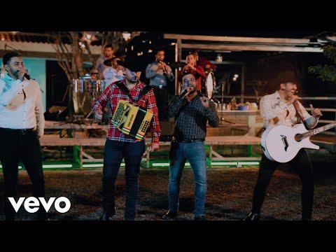 Смотреть клип Banda Carnaval, Calibre 50 - El Triste Alegre