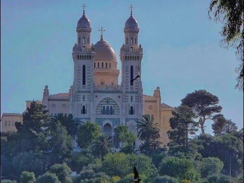 Réfection Basilique Saint Augustin de Annaba. Mise en ligne par Ammar BEGHDADI.